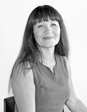 Eva Astliv, Ekonomiansvarig